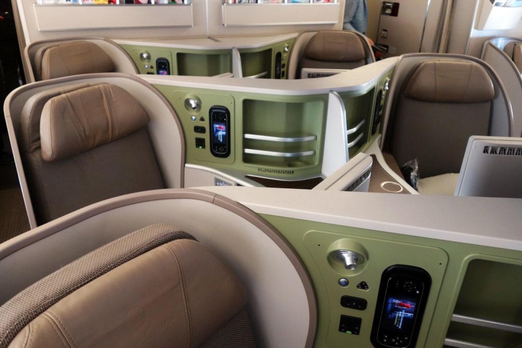 Обзор: EVA Air, бизнес-класс (Boeing 777-300ER), Вена – Тайпей