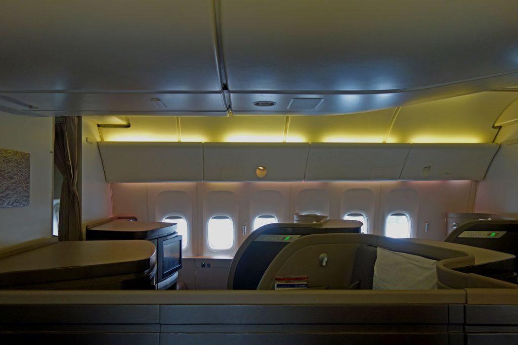 Первый класс Cathay Pacific в 10 фотографиях