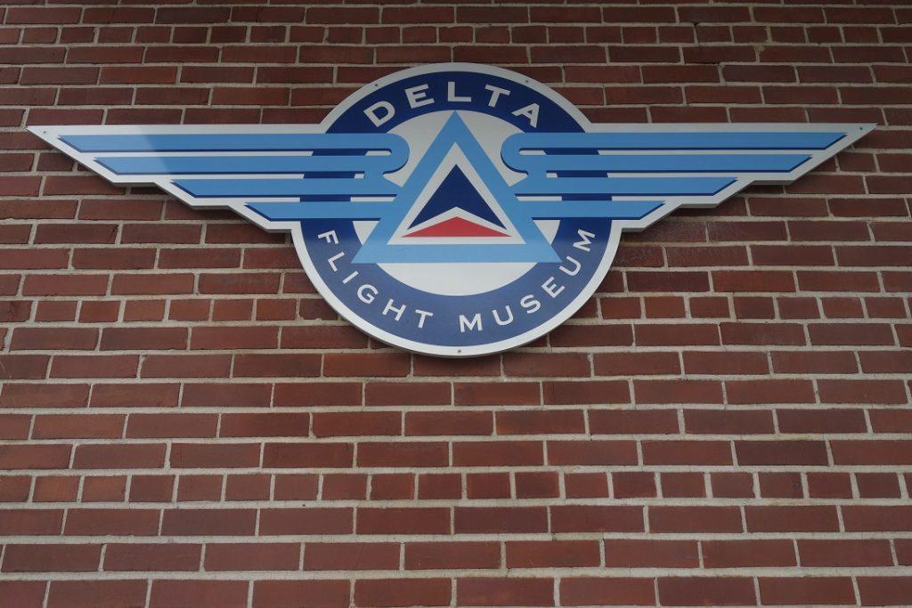 Радость авиагика: музей Delta в аэропорту Атланты