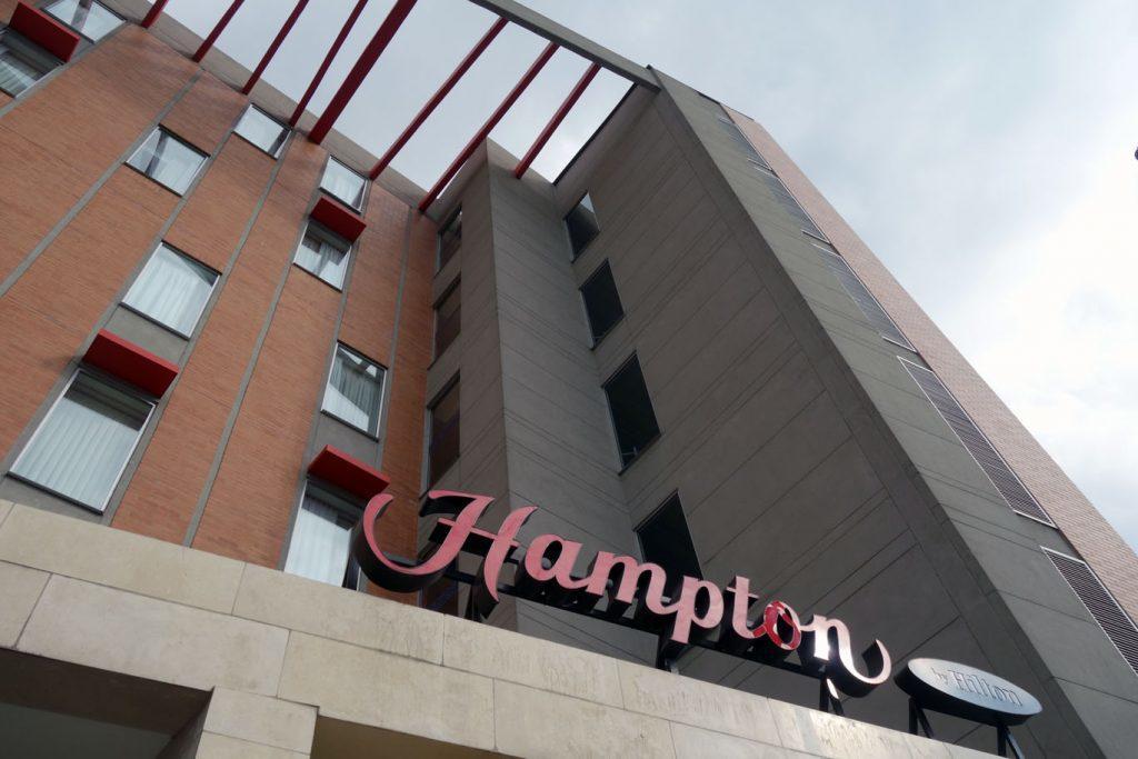 Мильный кэшбек за бронирование отелей Hilton