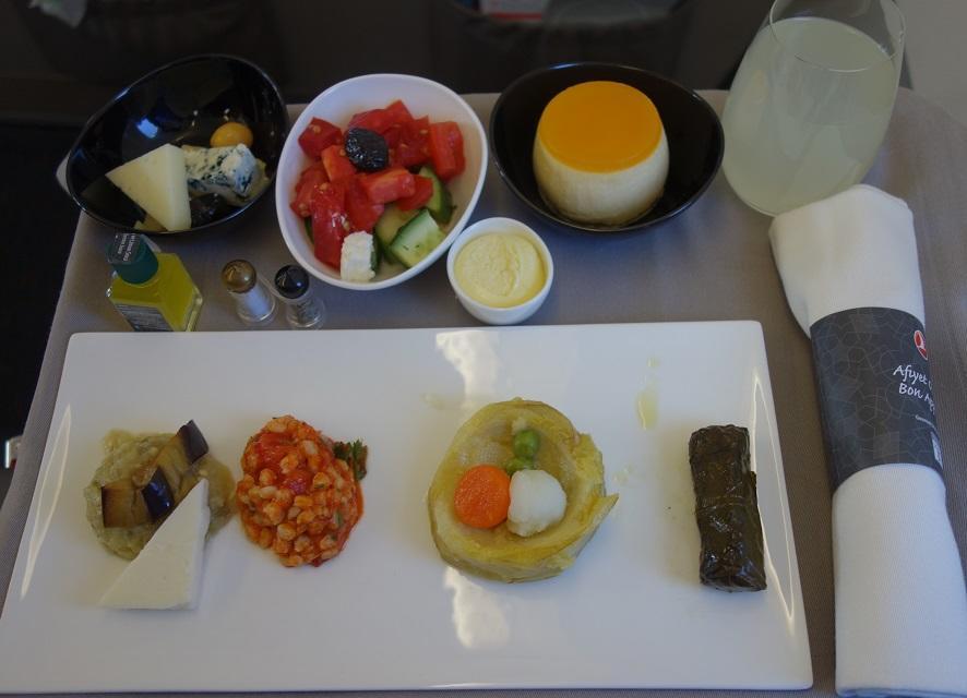 Опаньки: Turkish Airlines не наливает алкоголь на египетских рейсах