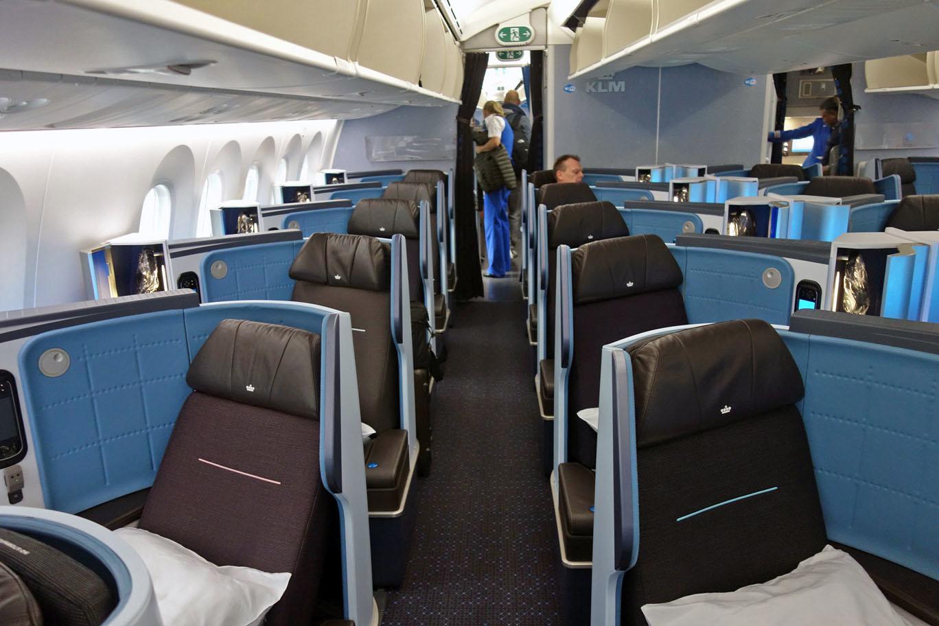 Бизнес-класс KLM (787) в 5 фотографиях