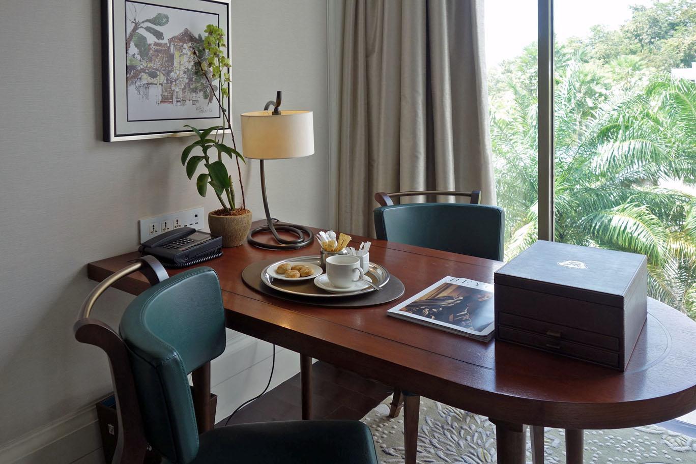 Как получить баллы за премиальный стей в отеле?