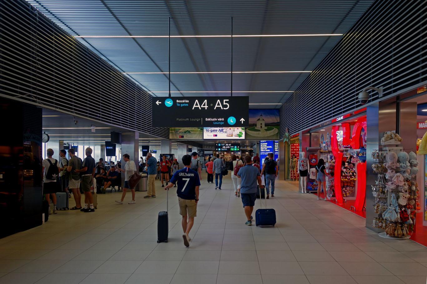 Первые фотографии нового лоукост-терминала в Будапеште