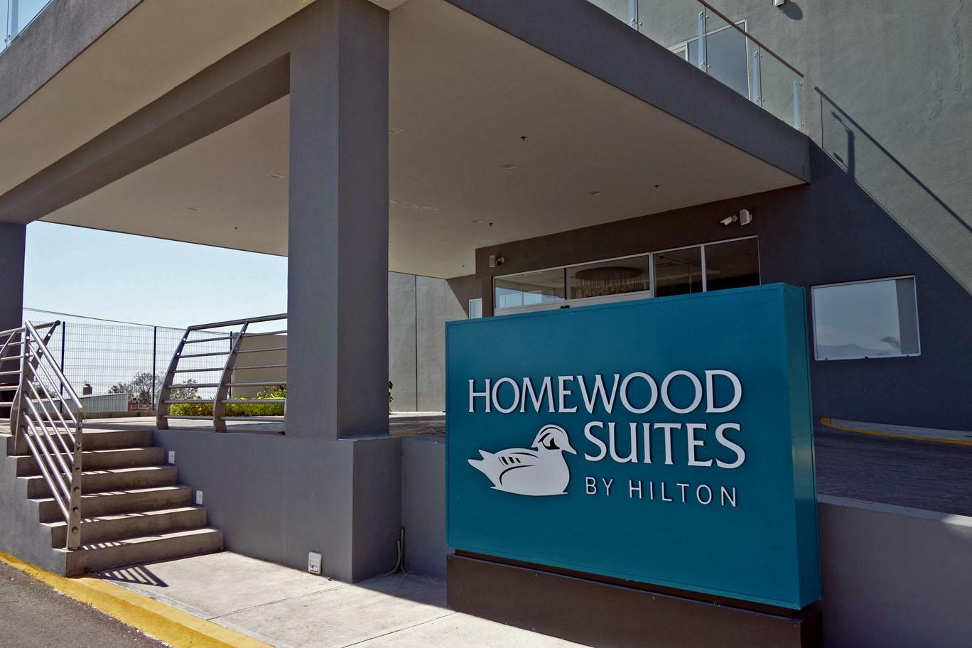 Hilton продлевает срок действия статуса (и другие новости)