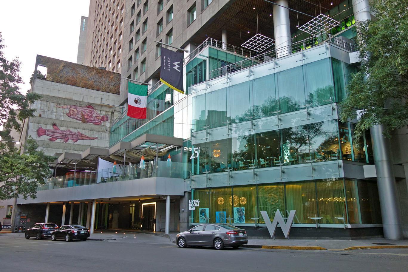 Обзор: W, Мехико