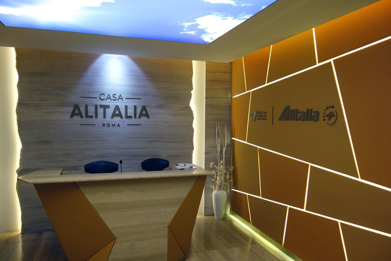 Маски теперь обязательны на рейсах Alitalia