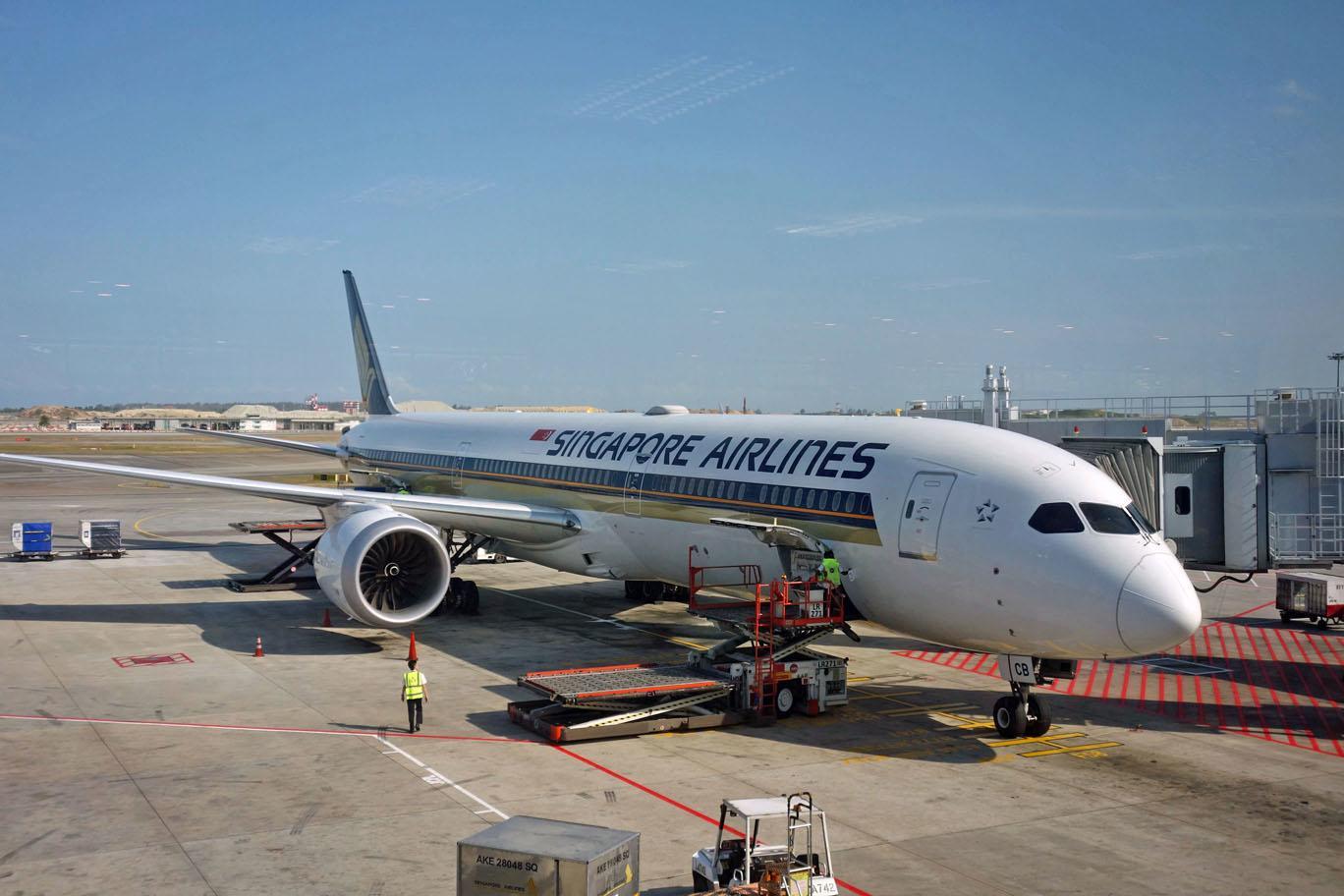 Маски теперь обязательны на рейсах Singapore Airlines