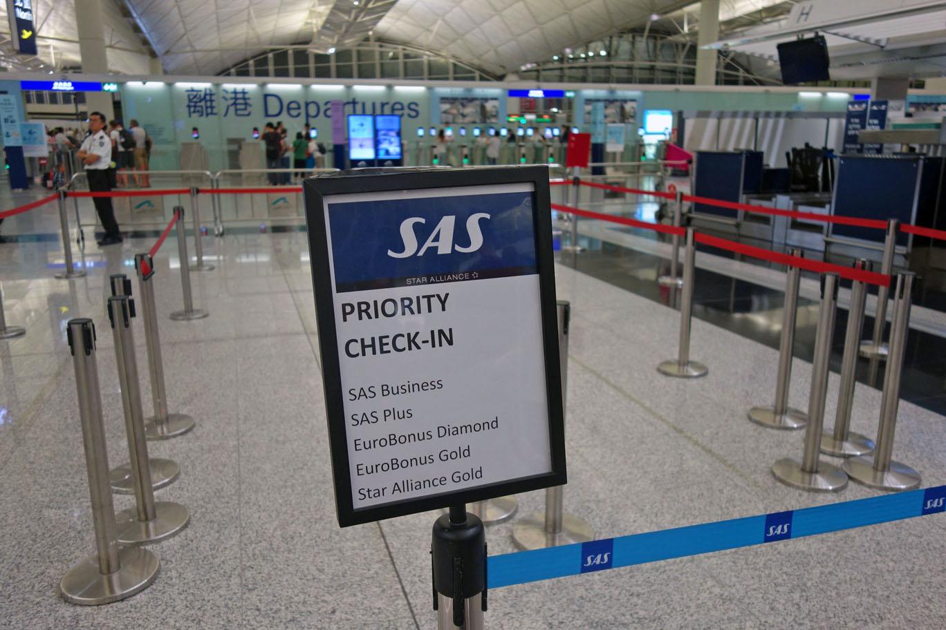 Обзор: Singapore Airlines SilverKris Lounge, Гонконг