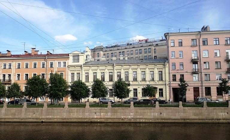 Апгрейд, завтрак и кредит в отелях Marriott (включая Россию)