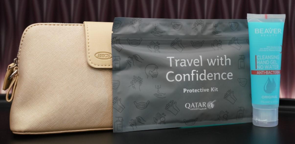 Ё*аное безумие: защитный экран для пассажиров эконом-класса Qatar Airways
