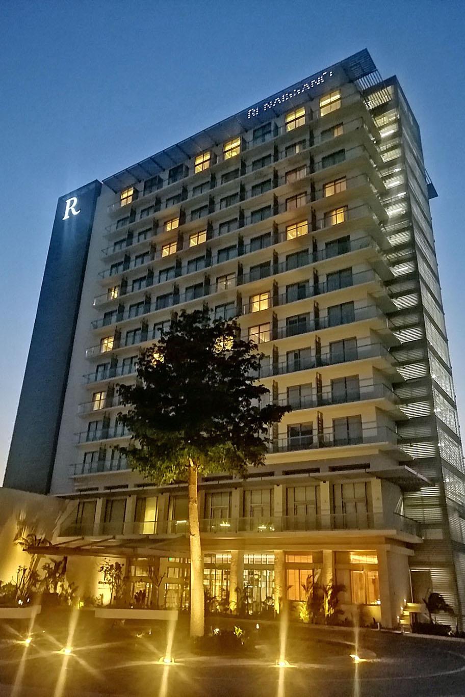 Обзор: Renaissance Resort & Marina, Канкун
